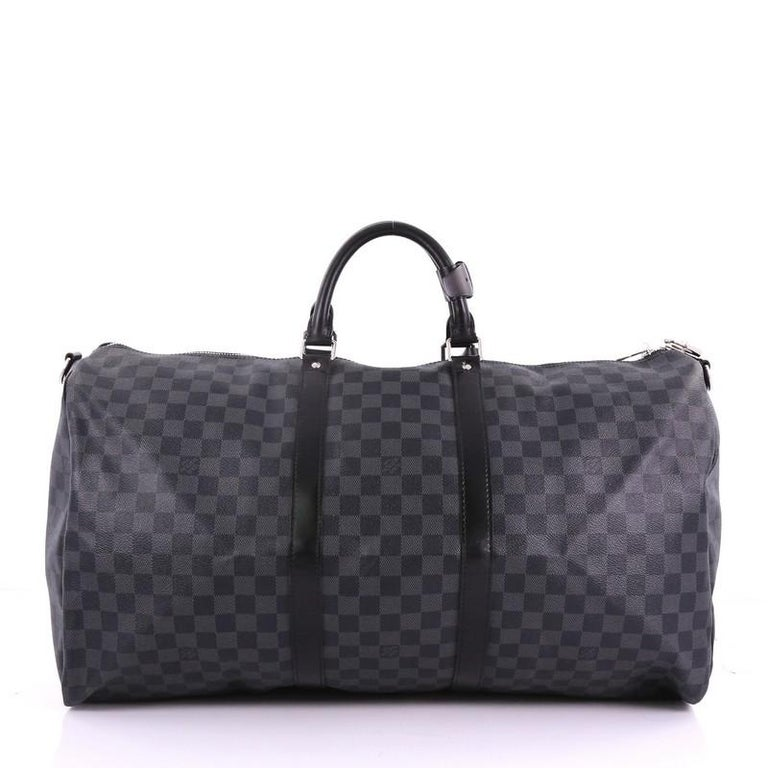 Louis Vuitton Keepall Bandouliere Bag Damier Graphite 55 In Good Condition For Sale In New York, NY