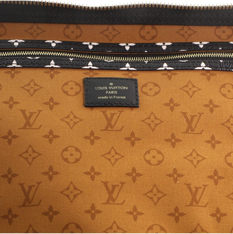 Louis Vuitton Keepall Bandouliere Bag Limited Edition Crafty Monogram Giant 45 For Sale 2