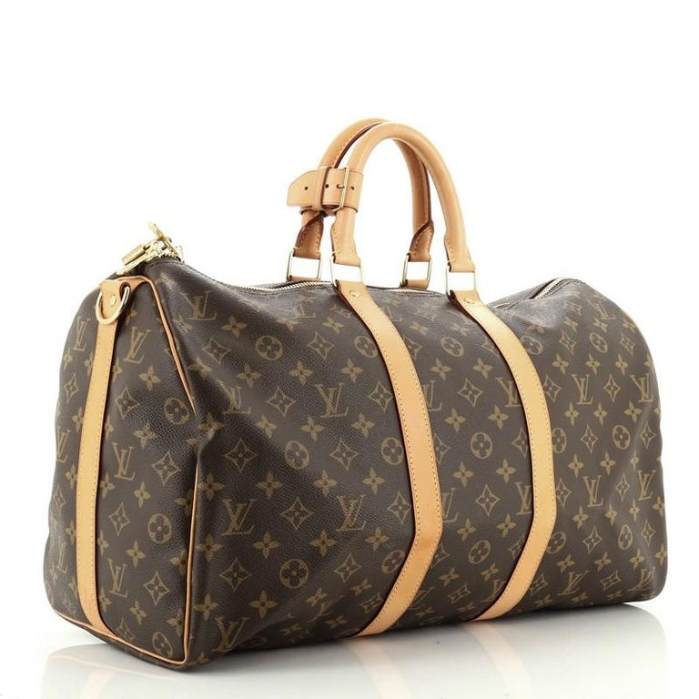 Estimated Retail Price: $1,880 Condition: Great. Odor in interior. Minor wear on exterior and in interior, slight darkening, wear, scuffs and watermarks on handles, strap and leather trims, scratches on hardware. Accessories: Keys, Lock, Poignet,