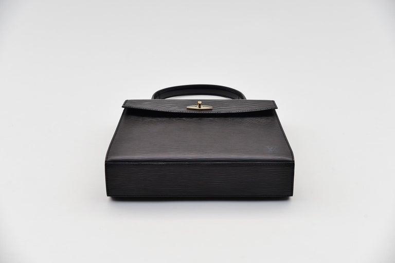Women's or Men's Louis Vuitton Kelly Bag Vintage Epi Leather  For Sale