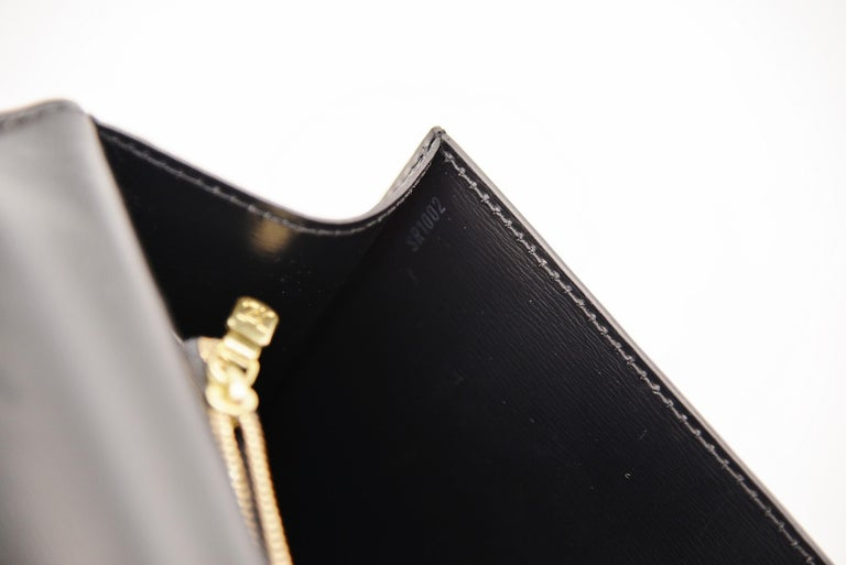 Louis Vuitton Kelly Bag Vintage Epi Leather  For Sale 4