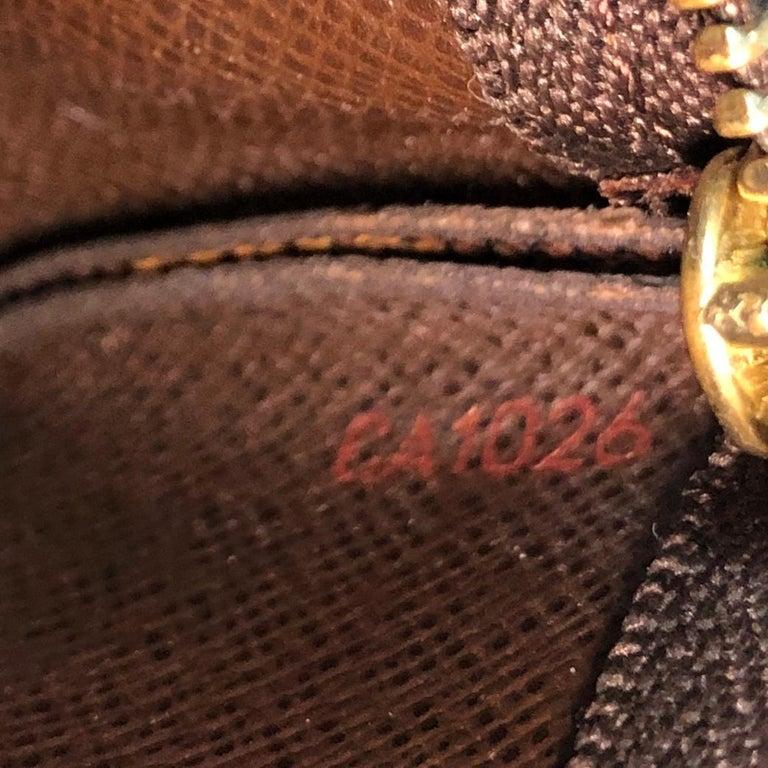Louis Vuitton Key Pouch Damier For Sale 1