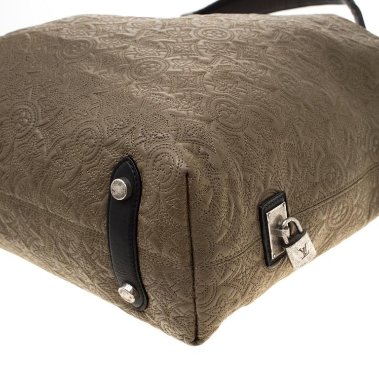 Louis Vuitton Khaki Monogram Antheia Leather Hobo PM Bag For Sale 4