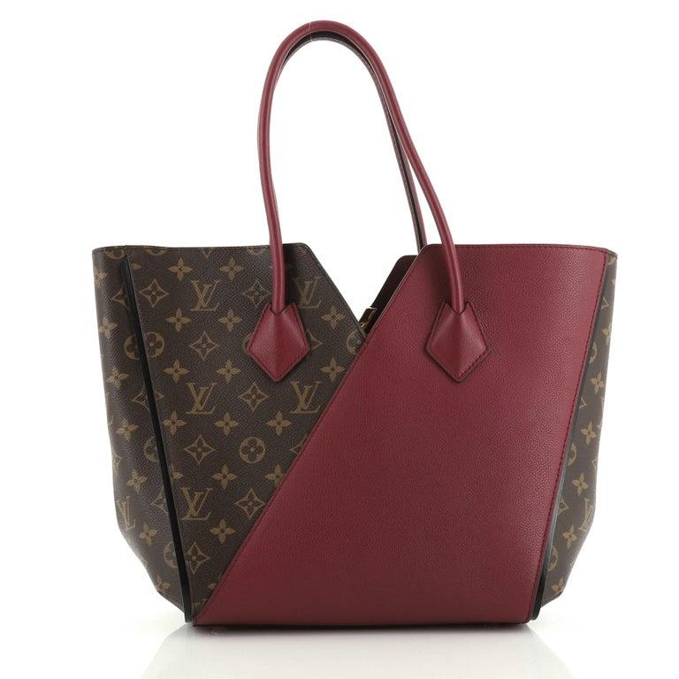 Louis Vuitton Kimono Handbag In Good Condition For Sale In New York, NY
