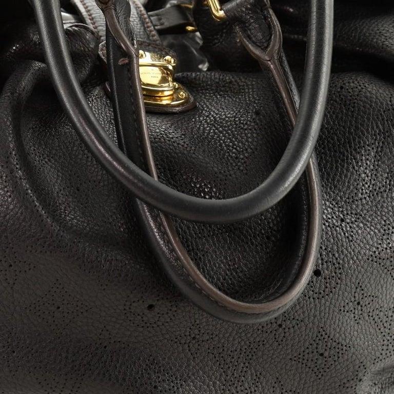 Louis Vuitton L Hobo Mahina Leather For Sale 3