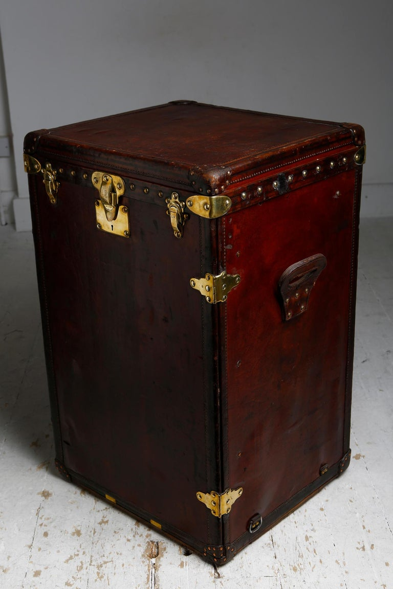 Edwardian Louis Vuitton Ladies Lingerie Desk Trunk in Orange with Mahogany Finish, 1914 For Sale