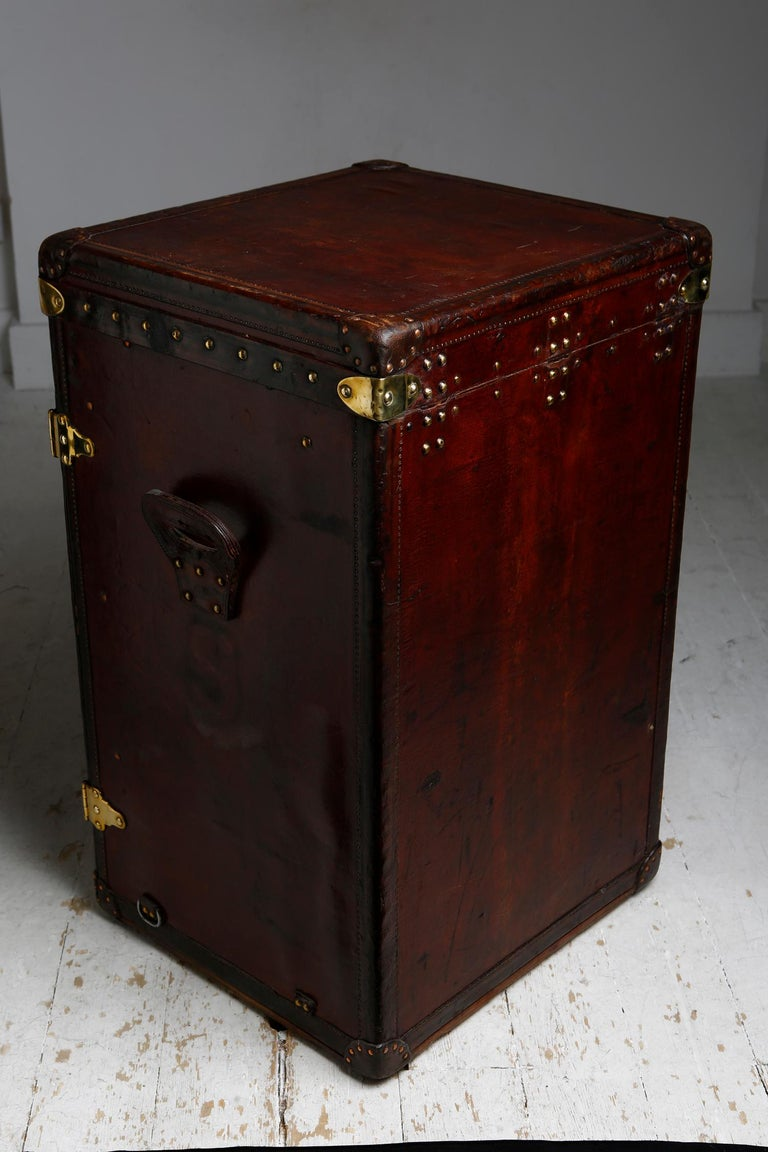 Louis Vuitton Ladies Lingerie Desk Trunk in Orange with Mahogany Finish, 1914 In Good Condition For Sale In London, GB