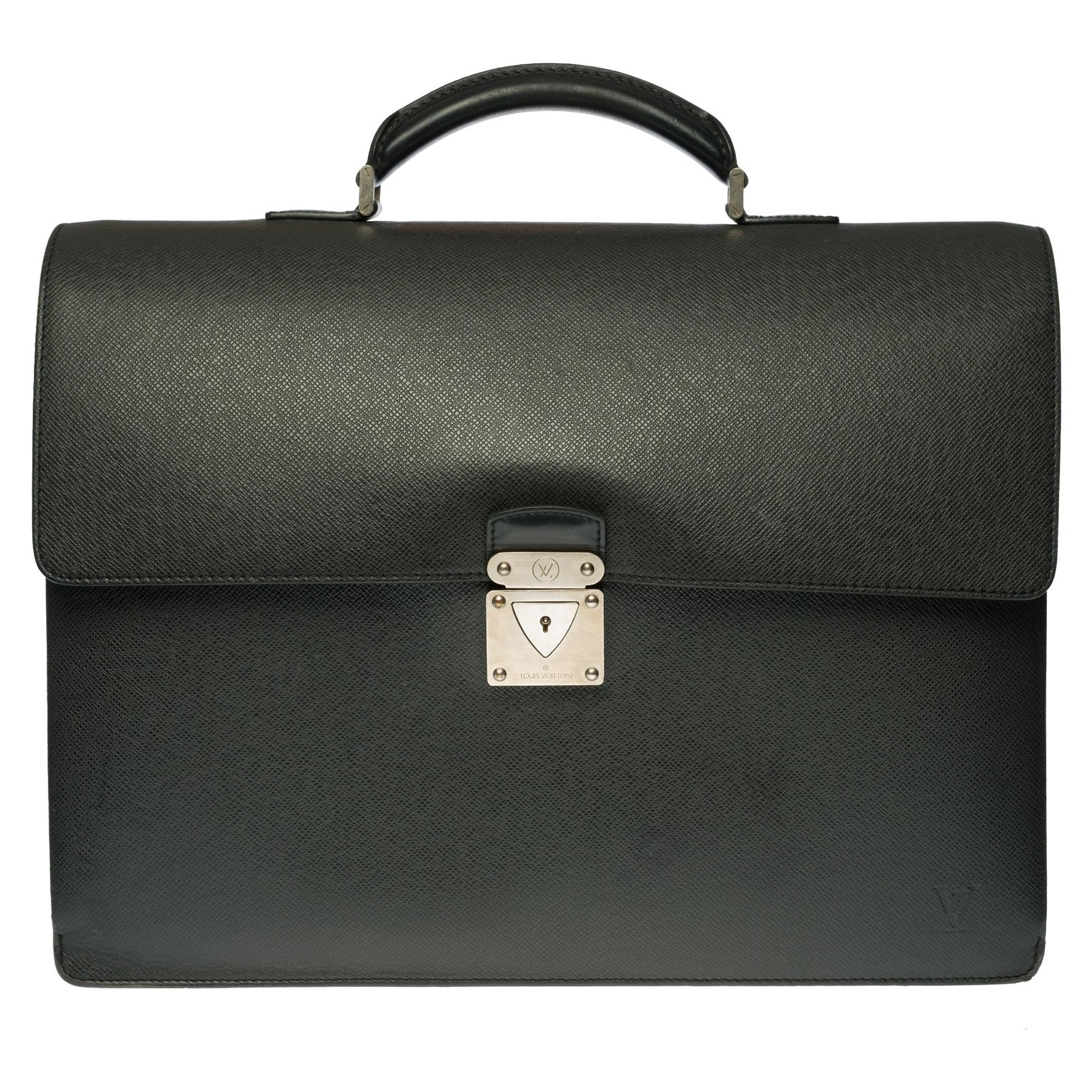 """Louis Vuitton """"Laguito"""" Satchel in green Taïga leather and silver hardware"""