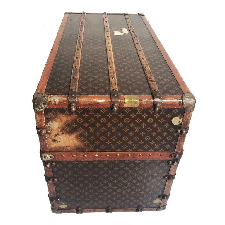 Louis Vuitton Large Wardrobe Steamer Trunk Monogram Travel Case Early 20th C  For Sale 5
