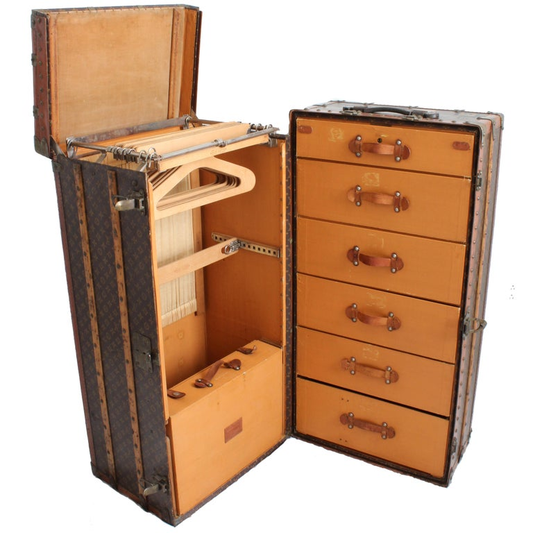 Louis Vuitton Large Wardrobe Steamer Trunk Monogram Travel Case Early 20th C  For Sale 7