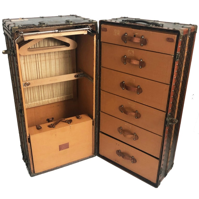 Louis Vuitton Large Wardrobe Steamer Trunk Monogram Travel Case Early 20th C  For Sale 8