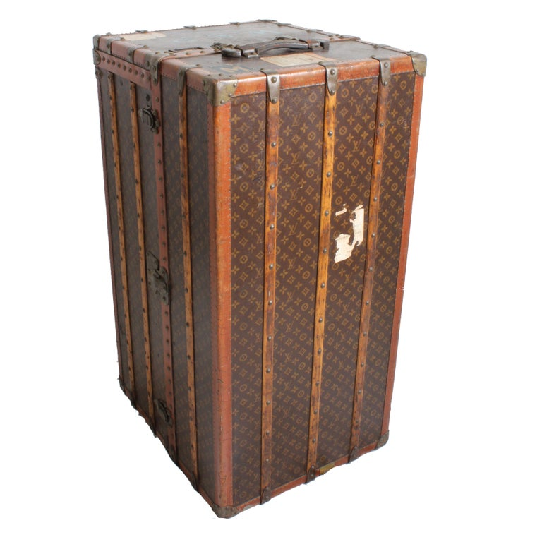 Louis Vuitton Large Wardrobe Steamer Trunk Monogram Travel Case Early 20th C  For Sale 1