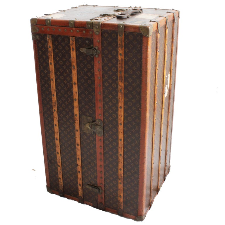 Louis Vuitton Large Wardrobe Steamer Trunk Monogram Travel Case Early 20th C  For Sale 2