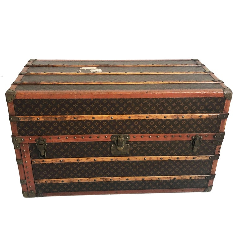Louis Vuitton Large Wardrobe Steamer Trunk Monogram Travel Case Early 20th C  For Sale 4