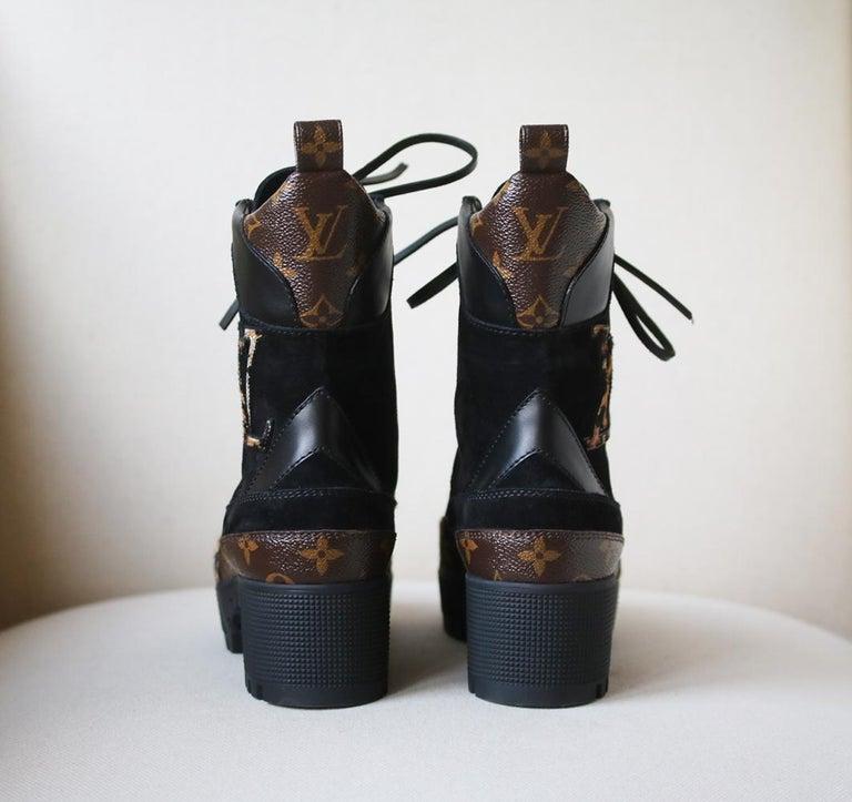 Louis Vuitton Laureate Leopard-Print Pony-Hair Platform Desert Boots In New Condition In London, GB