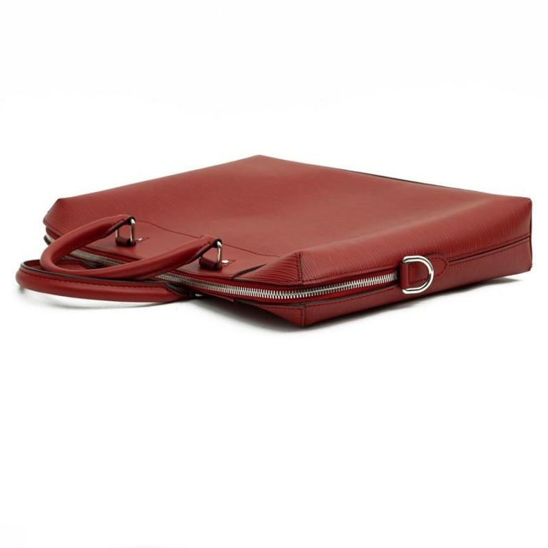 Women's or Men's LOUIS VUITTON Leather Day Document Holder For Sale
