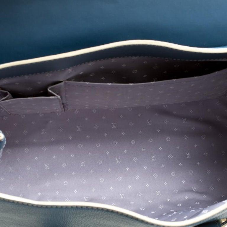 Louis Vuitton Light Blue Suhali Leather L'Epanoui GM bag For Sale 5