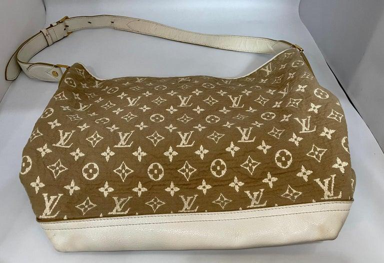 LOUIS VUITTON Limited Edition Blanc Monogram Sabbia Besace Bag For Sale 7