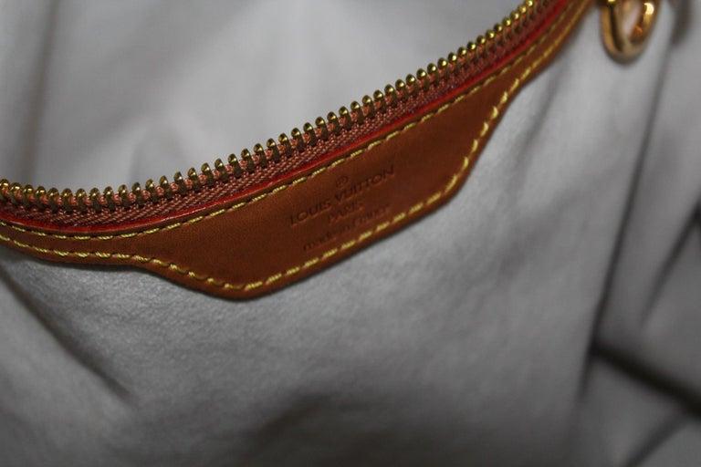 Louis Vuitton Limited Edition Dentelle Fersen  For Sale 1