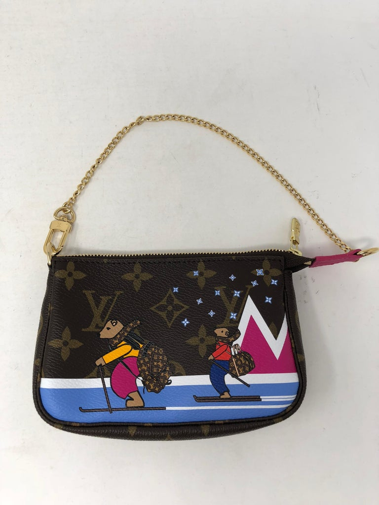 Louis Vuitton Limited Edition Mini Pochette For Sale 1