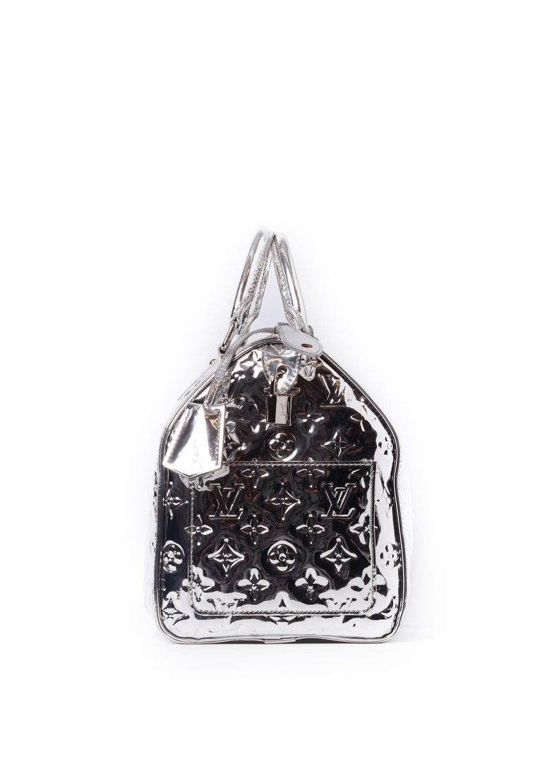 Louis Vuitton Limited Edition Silver Monogram Miroir Speedy 35 Runway  In Good Condition For Sale In Montreal, Quebec