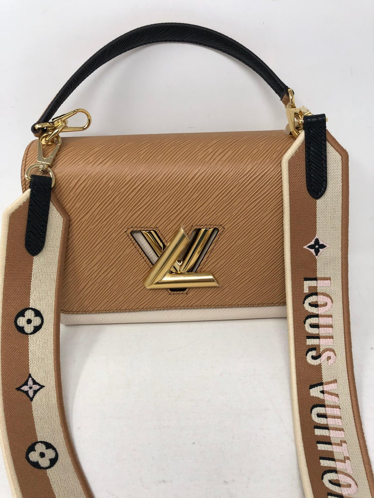 Louis Vuitton Limited Epi Leather Two-tone Twist Bag  In New Condition For Sale In Athens, GA