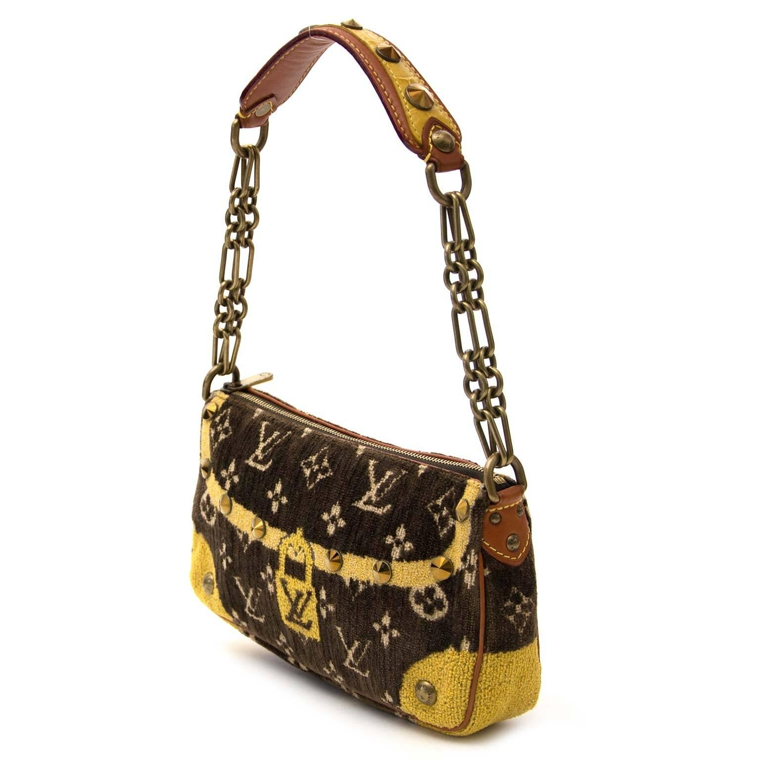 Louis Vuitton Limited Pochette Accessoire Trompe Loeil Shoulder Bag ogU1T