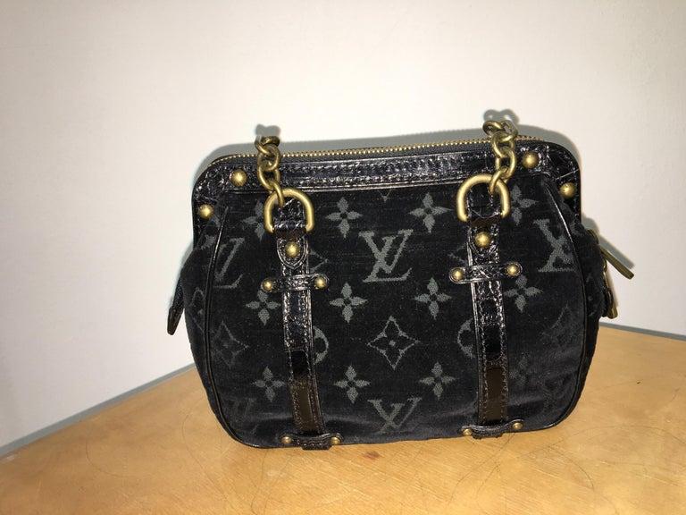 Louis Vuitton little Balck HandBag  In Good Condition For Sale In Lugano, CH