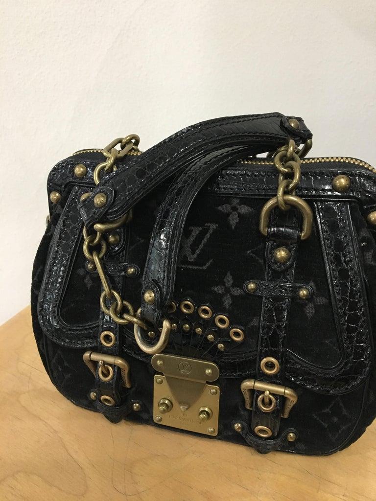 Women's Louis Vuitton little Balck HandBag  For Sale