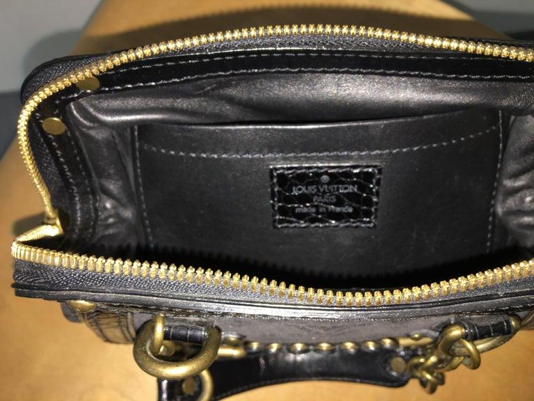 Louis Vuitton little Balck HandBag  For Sale 1