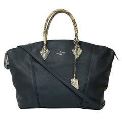 Louis Vuitton, Lockit in black leather