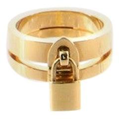Louis Vuitton Lockit Ring 18 Karat Yellow Gold GM