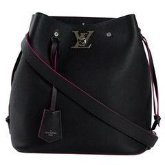 LOUIS VUITTON Lockme bucket Shoulder bag in Black Epi Leather