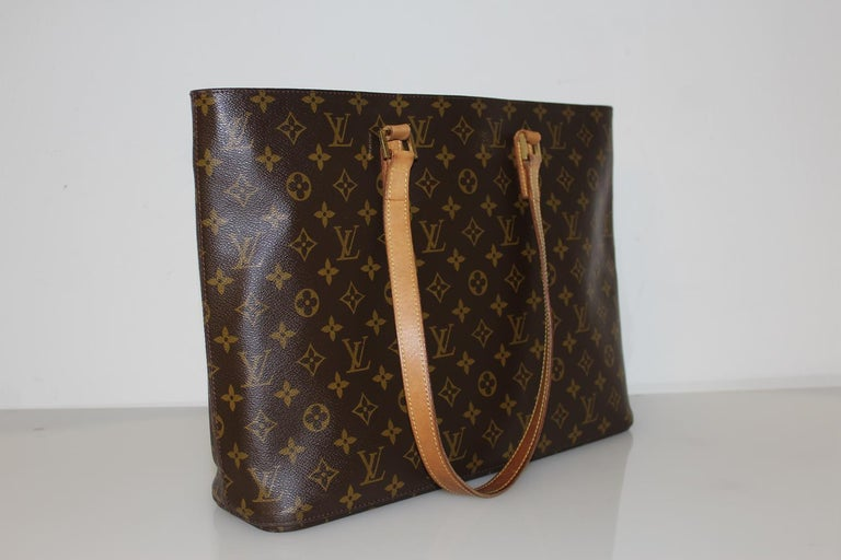 Louis Vuitton Luco Tote Shopping Bag In Good Condition For Sale In Gazzaniga (BG), IT