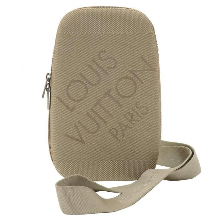 Louis Vuitton Mage Gray Damier Geant Canvas Body Travel Bag