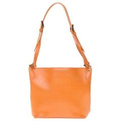 Louis Vuitton Mandara PM hand bag in orange epi leather with gold hardware