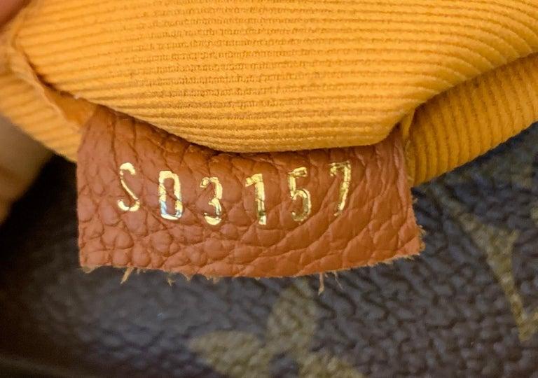 Louis Vuitton Manhattan NM Handbag Monogram Canvas with Leather For Sale 3