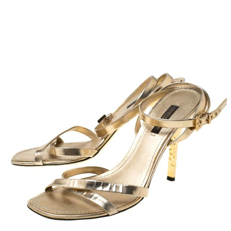 Louis Vuitton Metallic Gold Leather Classic Strappy Sandals Size 37 For Sale 3