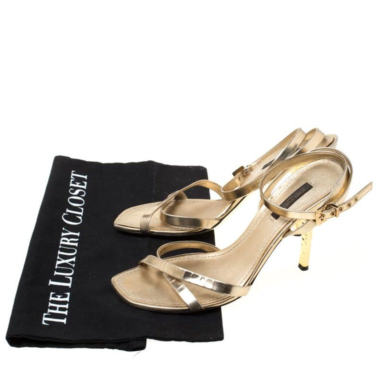 Louis Vuitton Metallic Gold Leather Classic Strappy Sandals Size 37 For Sale 4