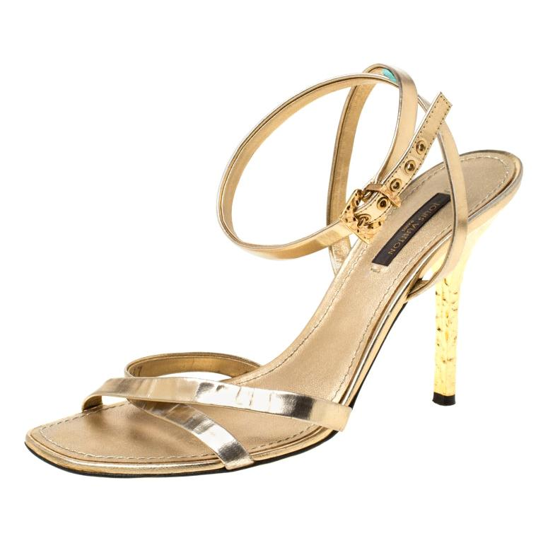 Louis Vuitton Metallic Gold Leather Classic Strappy Sandals Size 37 For Sale