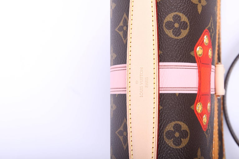 Louis Vuitton Brown and Pink Limited Edition Metis Handbag, 2018  For Sale 6
