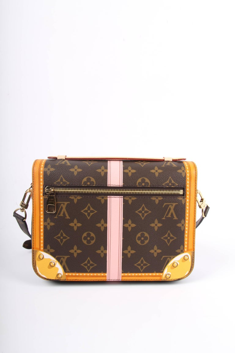 Louis Vuitton Brown and Pink Limited Edition Metis Handbag, 2018  For Sale 3