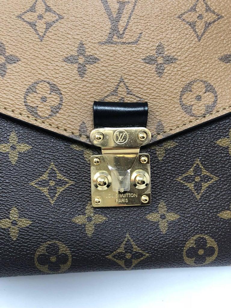 Women's or Men's Louis Vuitton Metis Reverse Crossbody For Sale