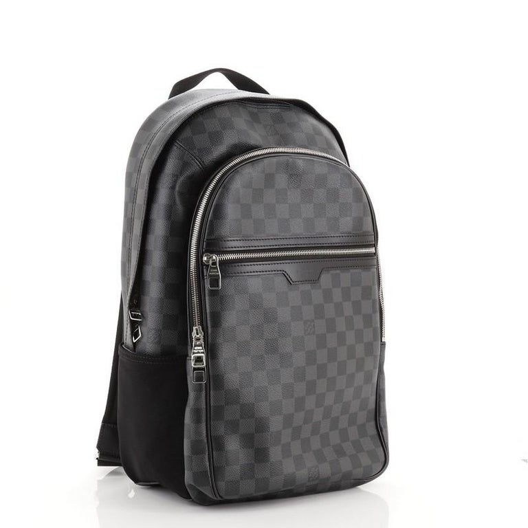 Louis Vuitton Michael Backpack Damier Graphite In Good Condition For Sale In New York, NY