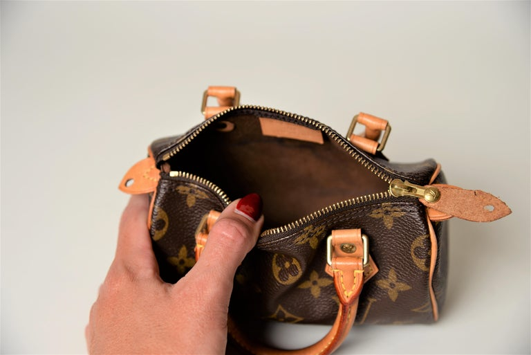 Louis Vuitton Mini Speedy Monogram with Dustbag For Sale 6