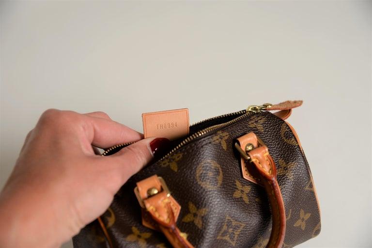 Louis Vuitton Mini Speedy Monogram with Dustbag For Sale 8