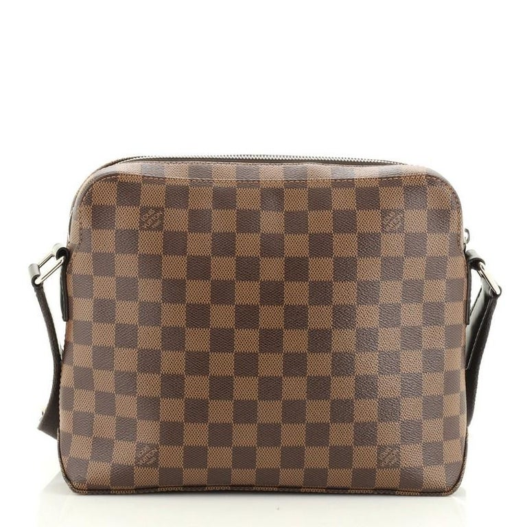 Louis Vuitton Model: Jake Messenger Bag Damier PM In Good Condition For Sale In New York, NY