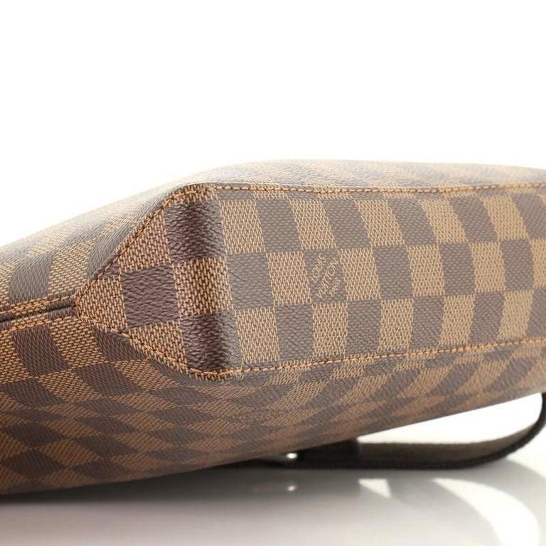 Louis Vuitton Model: Jake Messenger Bag Damier PM For Sale 2