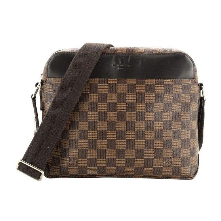 Louis Vuitton Model: Jake Messenger Bag Damier PM For Sale