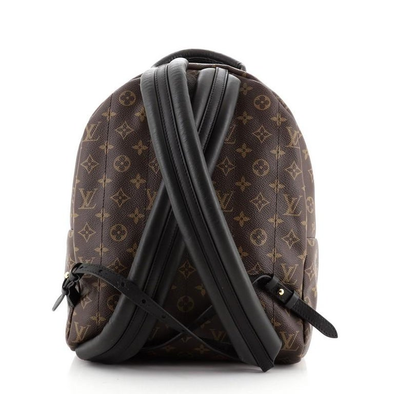 Louis Vuitton Model: Palm Springs Backpack Monogram Canvas MM In Good Condition For Sale In New York, NY